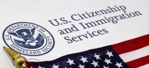 Tiene corte por su estado migratorio? Hable con un Abogado de inmigracion y naturalizacion que hable Espanol para conocer sus opciones.